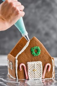 Family Activity - Gingerbread Houses