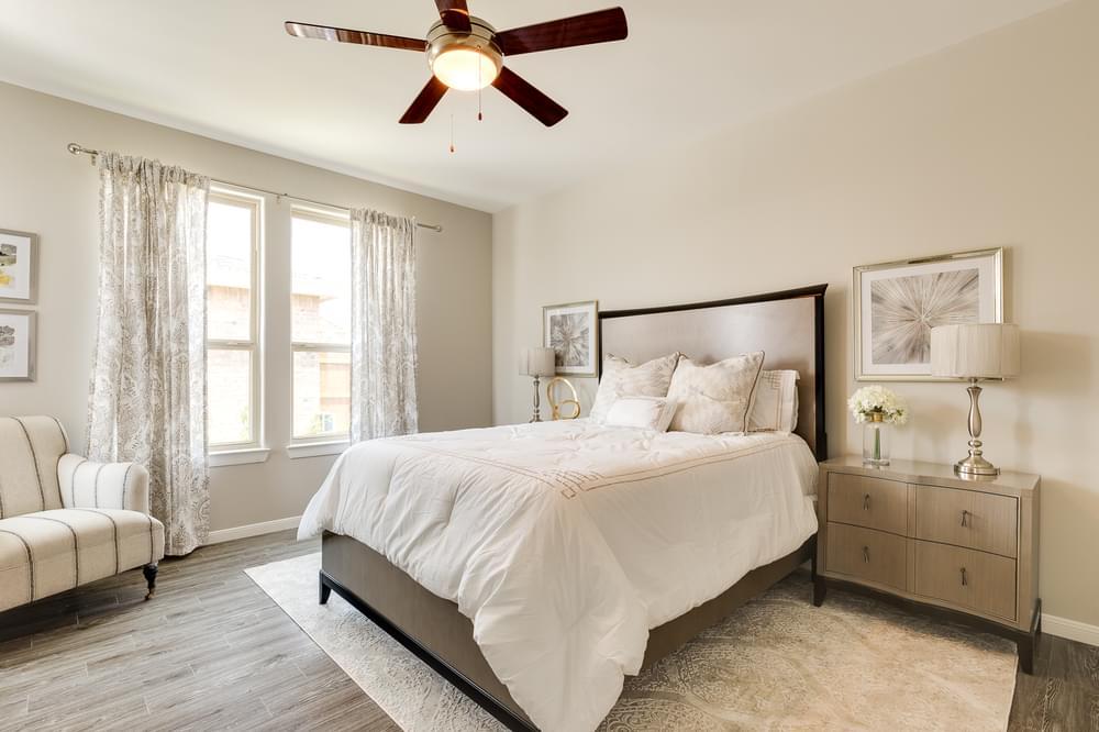 The Santa Cruz new home in Edinburg, TX