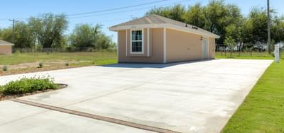 The RV Deluxe Coach House new home in Mission, TX