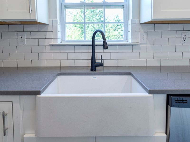 The Kitchen Backsplash Trends to Follow in 2021