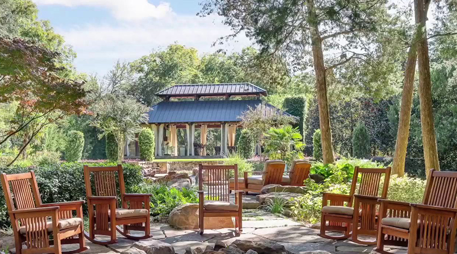 2017 design trends for outdoor living spaces