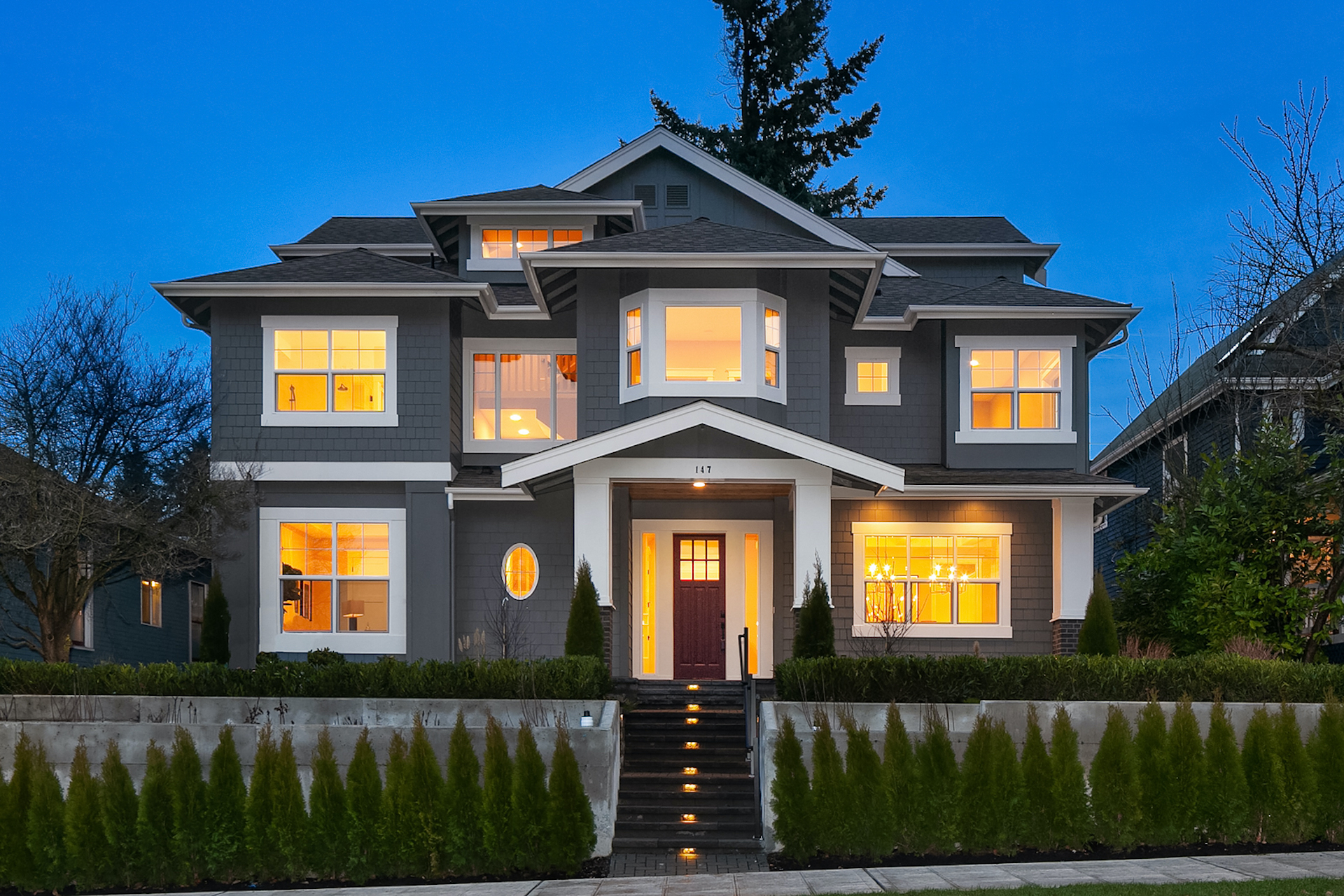 Kensington Home with 6 Bedrooms