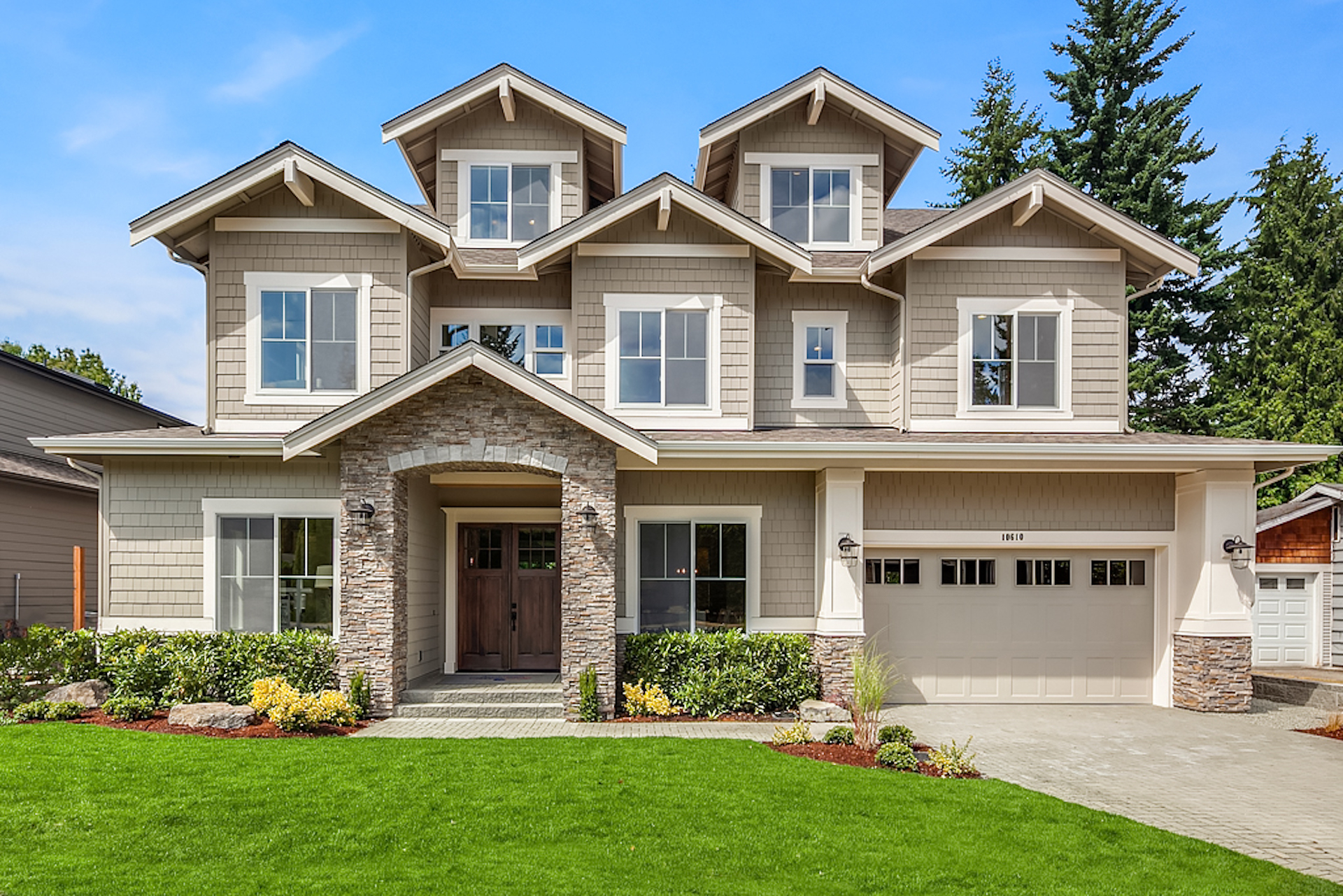 Richmond Home with 5 Bedrooms