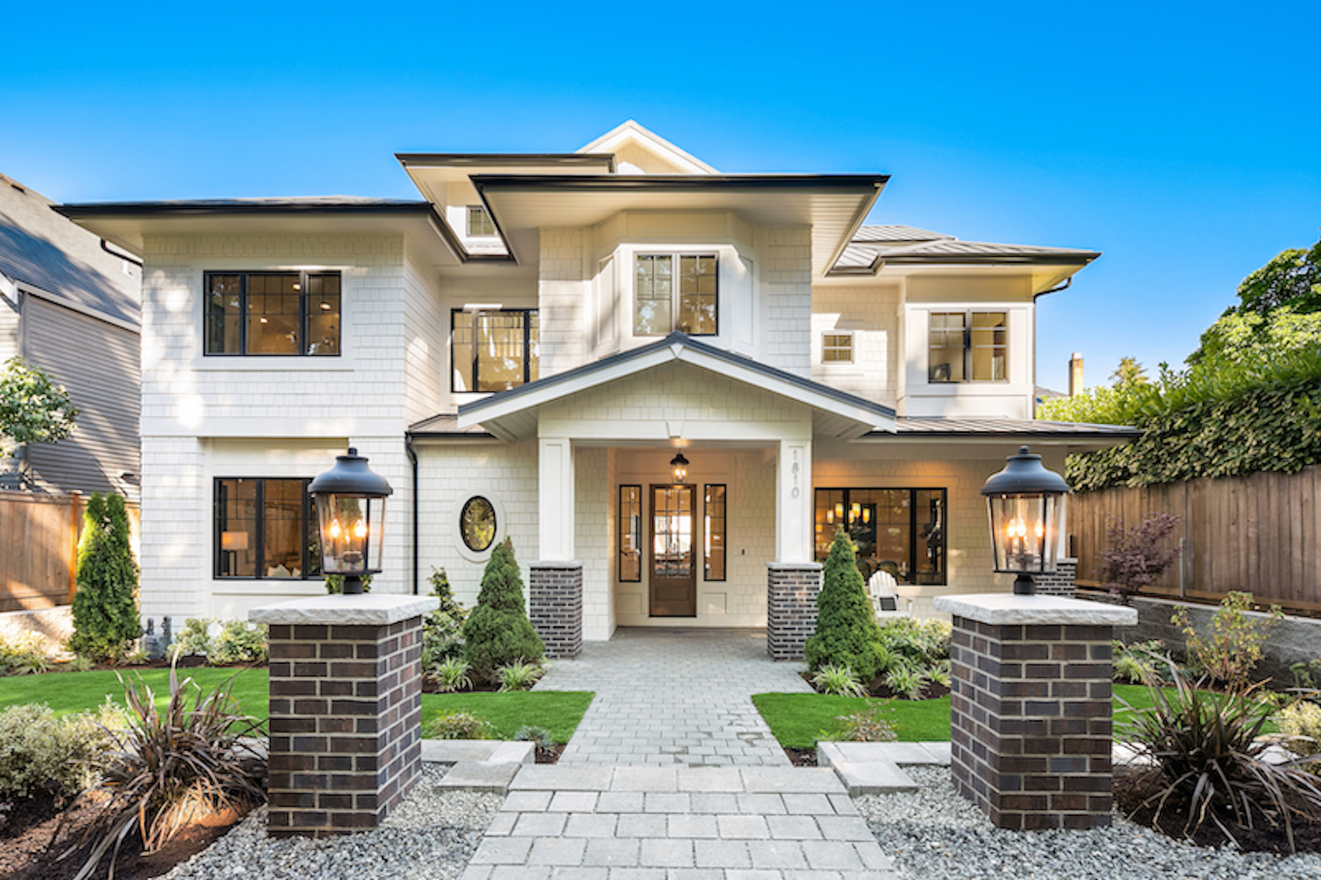 Windsor Home with 6 Bedrooms