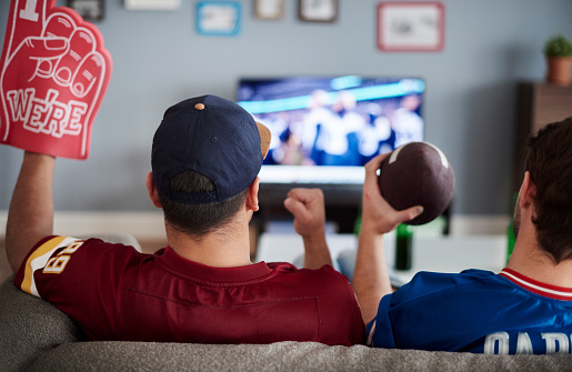 Preparing Your Man Cave for Chicago Fall Sports
