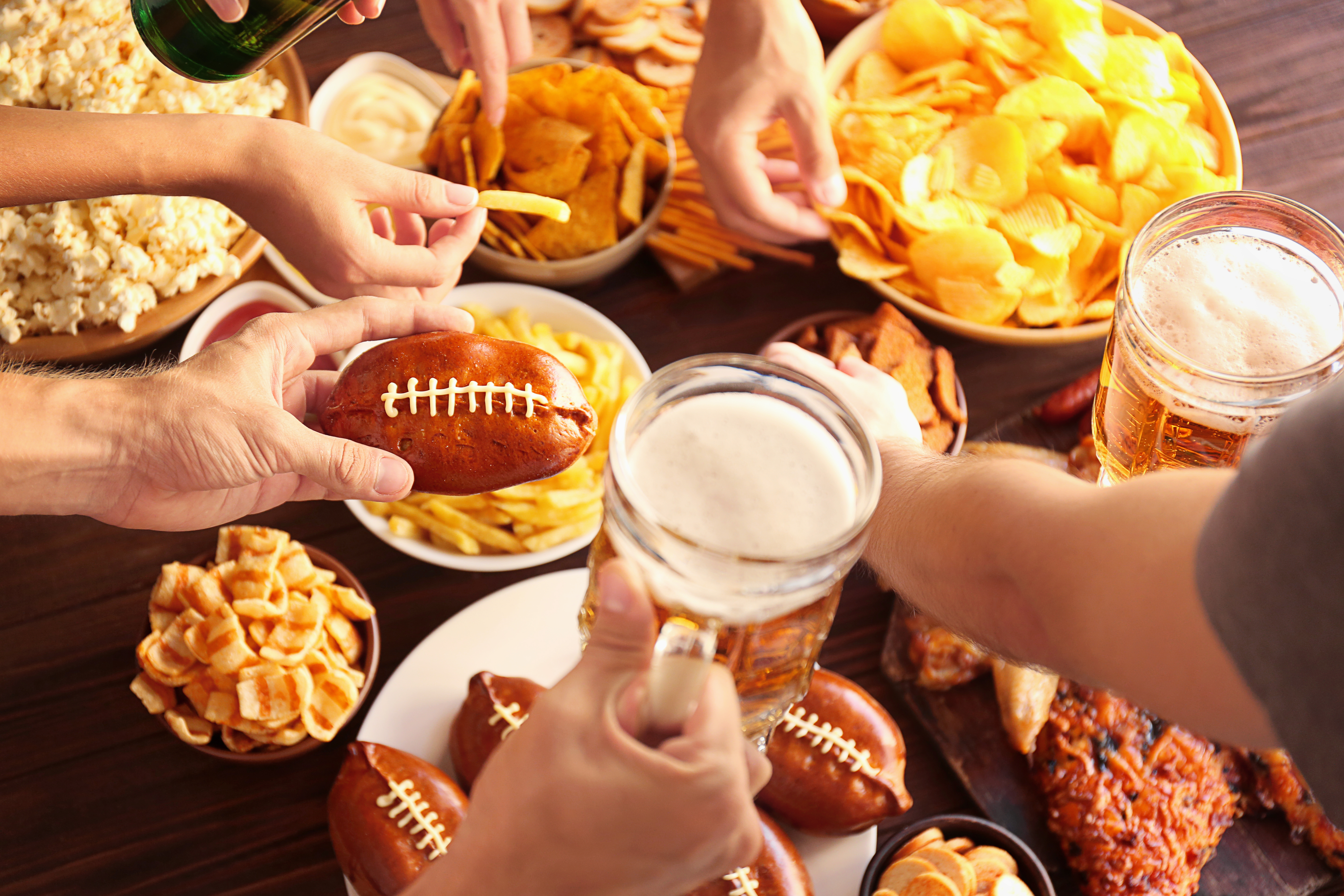5 Favorite Football Foods to Make While Watching the Game at Home